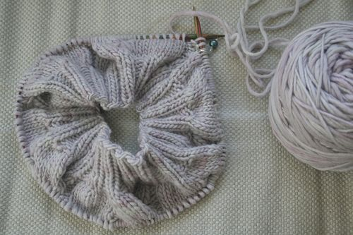 sixteen cable beret